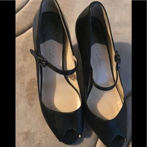 Used great condition Cole Haan open toe heels